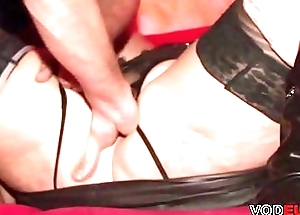 VODEU - Tiro german lady gets her pussy fisted