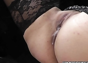 Slutwife Marion &ndash_ The Queen of Cum