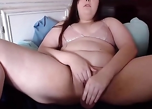 Curvy little gal Taylor almost sexy voice fucks tiny pussy