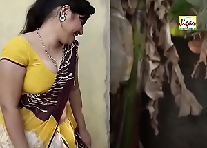 Sexy Bhabhi trying to sweet-talk plumber