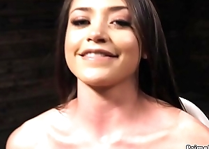 Solo brunette beauty fucks machine