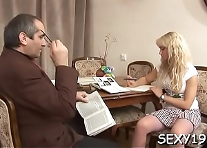 Old teacher'_s shaft gets a lusty licking from ruinous chick