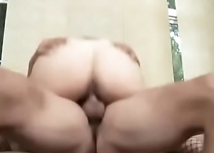 Saggy tits mature in the air short hair