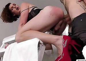 Tgirl Allysa gets pounded changeless by Ruckus