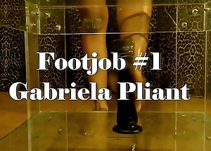 Footjob by Gabriela Considerate
