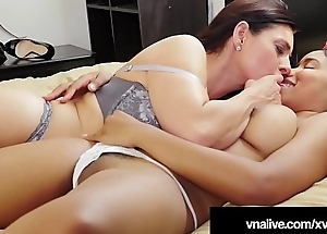 Mindi Mink Instructs Black Princess Jenna Foxx - VNALive.com