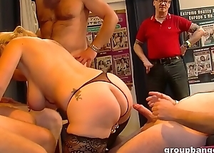 Horny perforated pussy milf enjoys a hardcore gangbang
