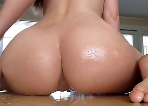Sloppy wet squirting queef on table