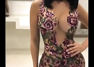 who is she ? whats her name ? Does anybody know