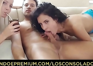 LOS CONSOLADORES - Consoling threesome for lonely Spanish neonate Leanna Sweet