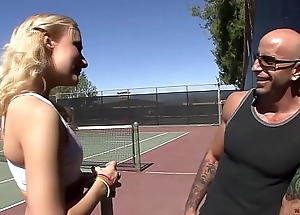 Horny Blonde Knows that After Sporting, Long and Hard Sex is Always Welcomed