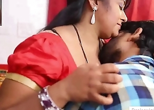 Indian Aunty Tempted Money Lender Sex Round Him