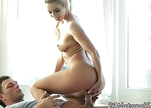 Glamcore euro pussyfucked by her lover